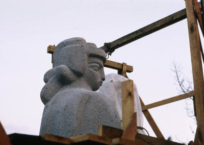 Norton sculptures under construction 010